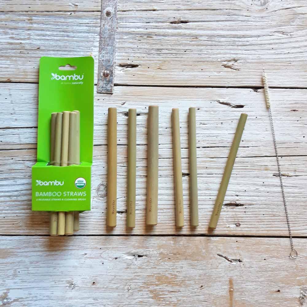 Cannucce riutilizzabili in bambù con spazzolino